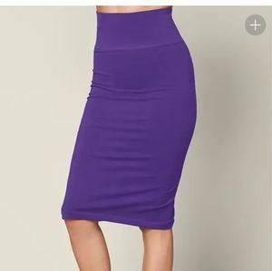 Seamless midi skirt